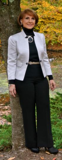 BarbaraSunden_Standing